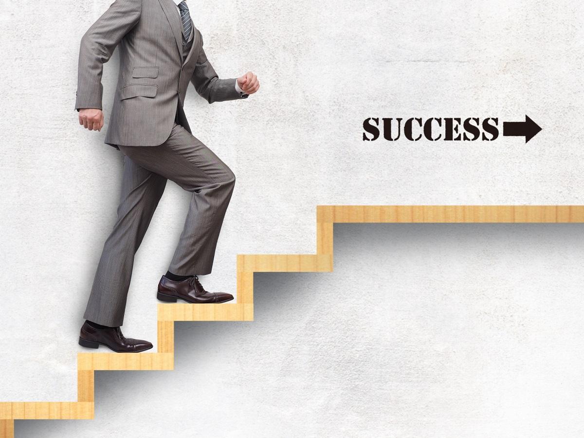 ビジネスの基本は、まずは行動をする